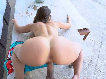 Spicy J and Kelsi Monroe: Enjoying Two Big Asses Outside