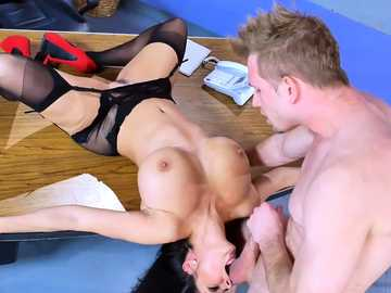 Dirty whore Ava Addams gets throat-fucked by patient Bill Bailey